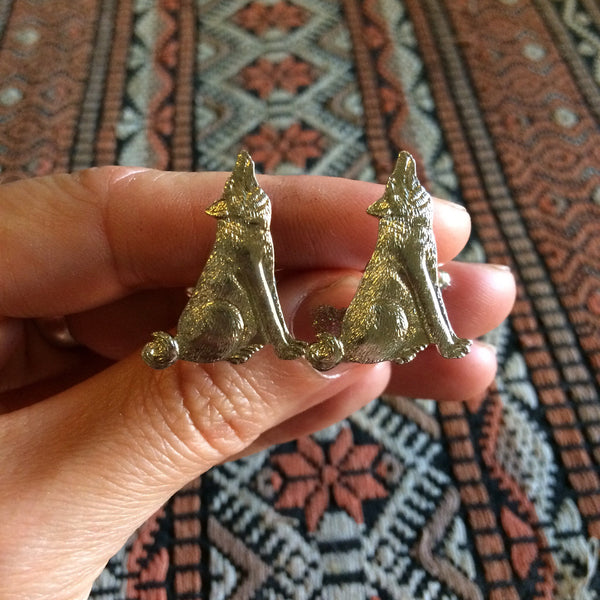 Handmade silver howling wolf cuff links // made in the USA by Hello Stranger