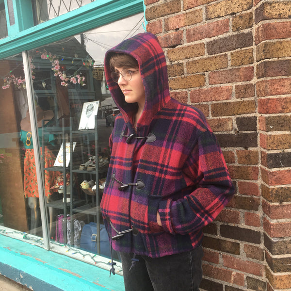 The limited vintage cropped plaid wool coat // size medium// made in USA  // tartan plaid toggle coat