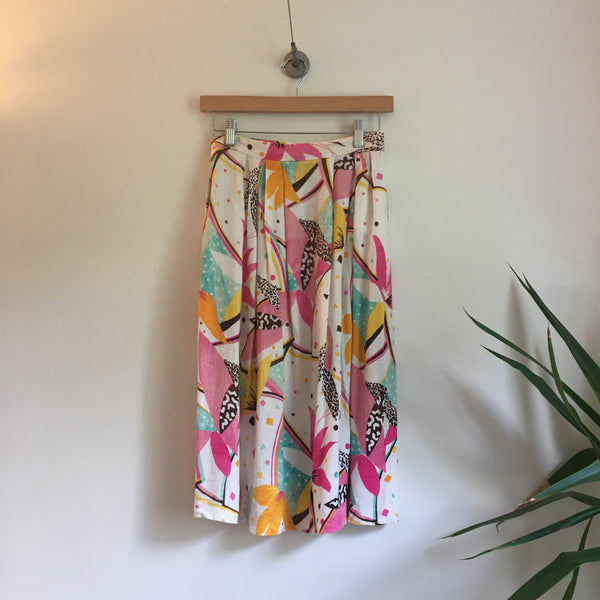 Vintage Vibrant Abstract print High Waisted skirt with Pockets by Worthington // hey tiger louisville kentucky
