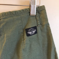 Vintage 90s Dockers Army Green high waisted shorts // small medium // hey tiger louisville kentucky