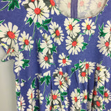 Vintage 80s 90s Daisy floral Print Knee length Baby Doll dress