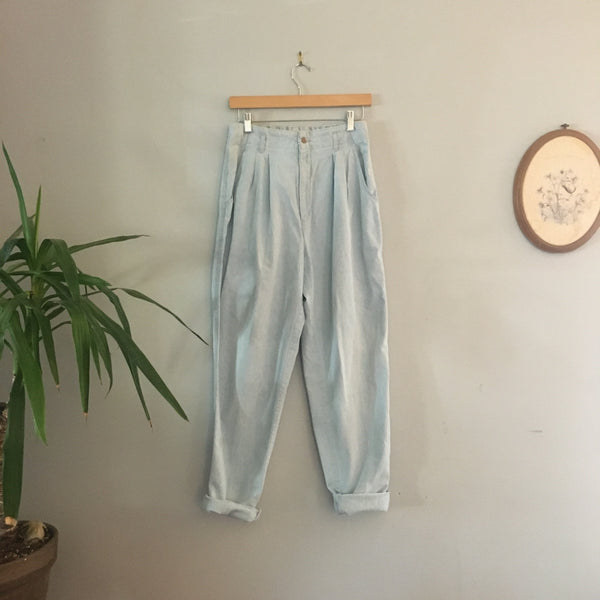 Vintage Dockers Cotton paper bag joggers // size 10 mOm JEans // made in USA