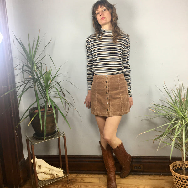 ReMADE Upcycled Button Front Corduroy Mini Skirt // small medium // 90s 60s 70s style // retro boho folk // hey tiger louisville kentucky