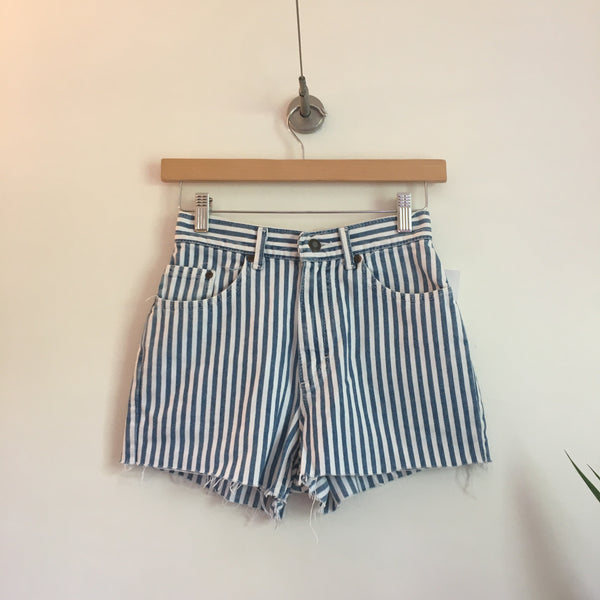 Vintage LEE Conductor Stripes high waist denim Cut Off shorts // Size 3 // retro Summer Style // hey tiger louisville kentucky