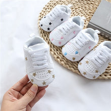 Load image into Gallery viewer, Baby Shoes Letter Printed Soft Bottom Footwear Heart-shaped 0-18M Newborn First Walker