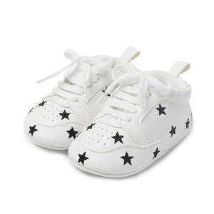 Baby Shoes Letter Printed Soft Bottom Footwear Heart-shaped 0-18M Newborn First Walker