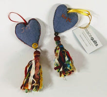 Load image into Gallery viewer, Aromatherapy Tassel Heart