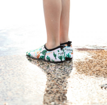 Load image into Gallery viewer, CACTUS FLEX SOLE SWIMMABLE SHOE