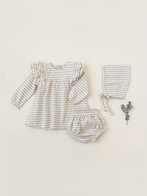 Load image into Gallery viewer, Quincy Mae Baby Girl's Long Sleeve Flutter Dress with Bloomer set/ Fog Stripe
