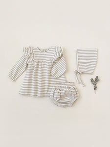 Quincy Mae Baby Girl's Long Sleeve Flutter Dress with Bloomer set/ Fog Stripe