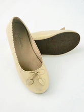 Load image into Gallery viewer, Girl's Gold Scallop Ballet Flats