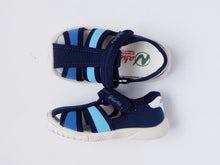 Load image into Gallery viewer, Boy's blue fisherman sandals