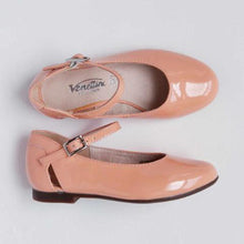 Load image into Gallery viewer, Girl's Patent Peach Flats