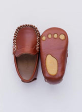 Load image into Gallery viewer, Baby boy's brown Moccasin