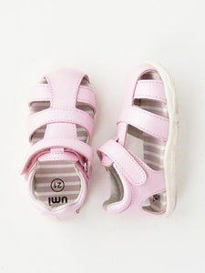 Girl's  pink sandals