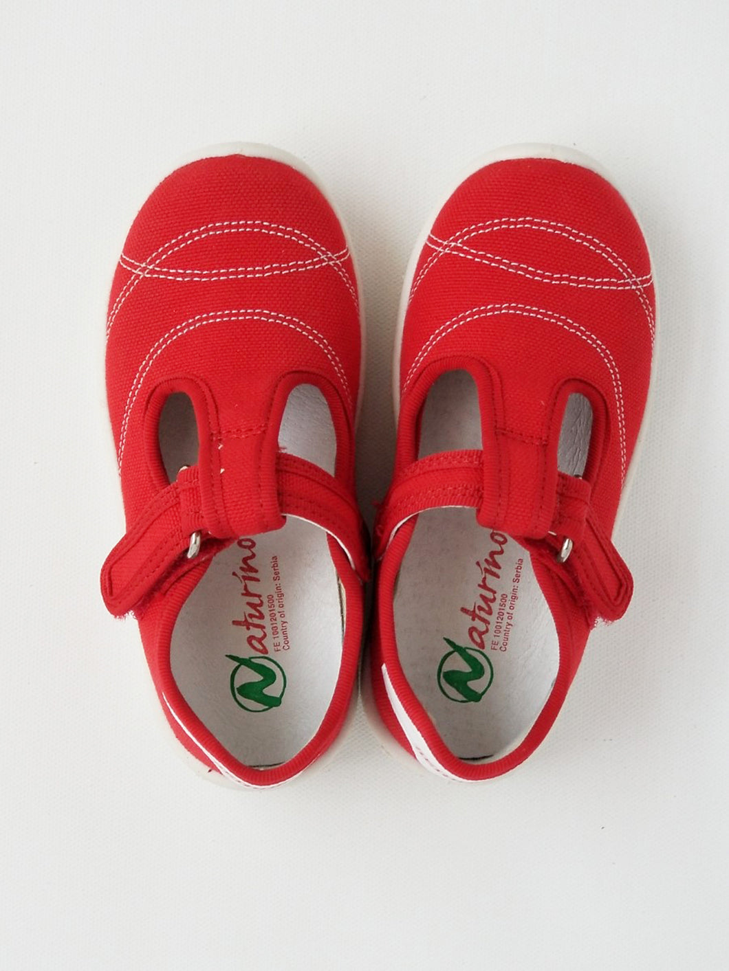 Girl's T-strap shoes