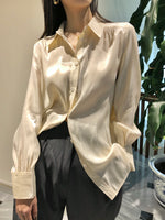 Load image into Gallery viewer, Satin Blouse