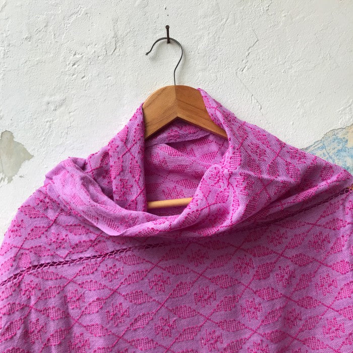 Picbil Shawl in Light Cochineal