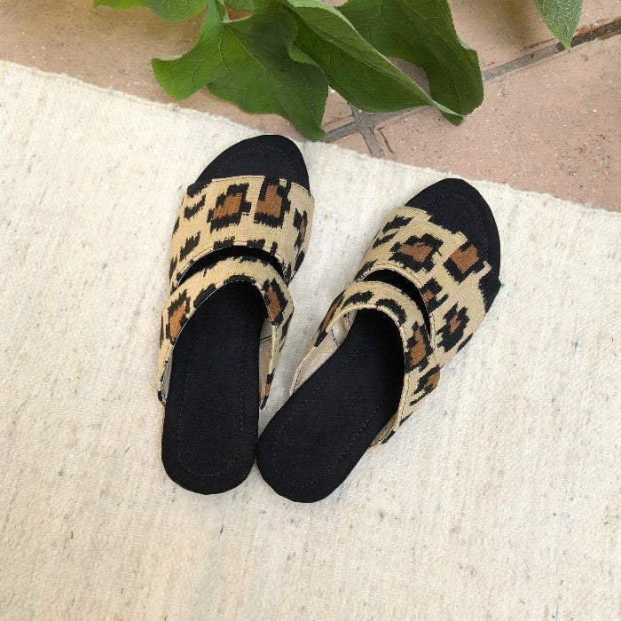 Sandals 6 in size 39