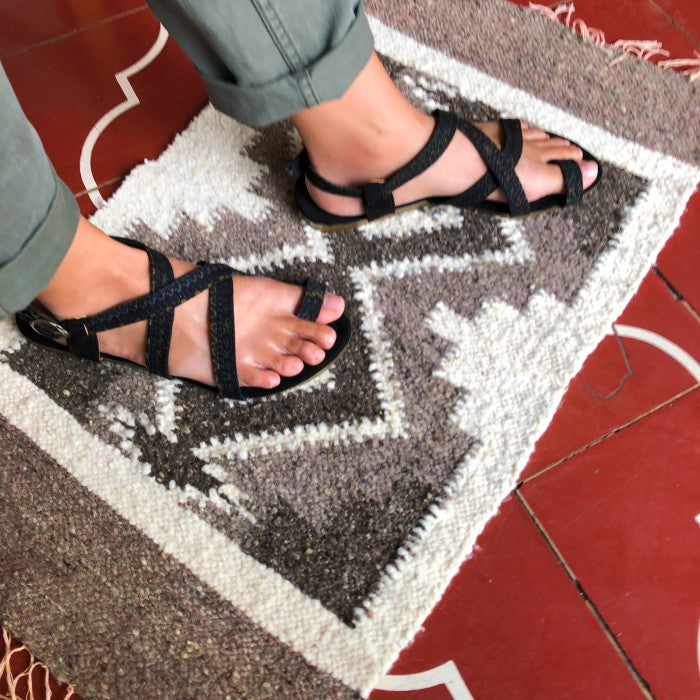 Sandals 4 in size 39