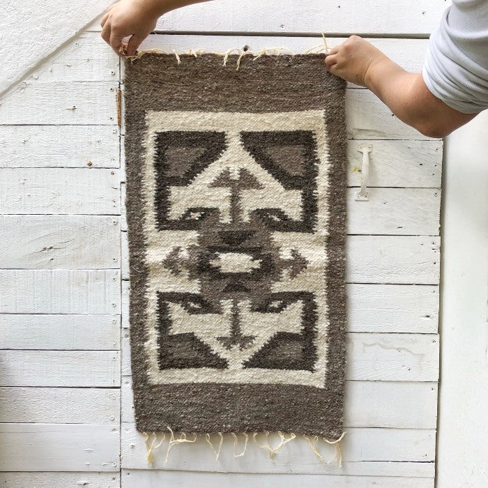 Small Wool Rug: Arrows in Grey
