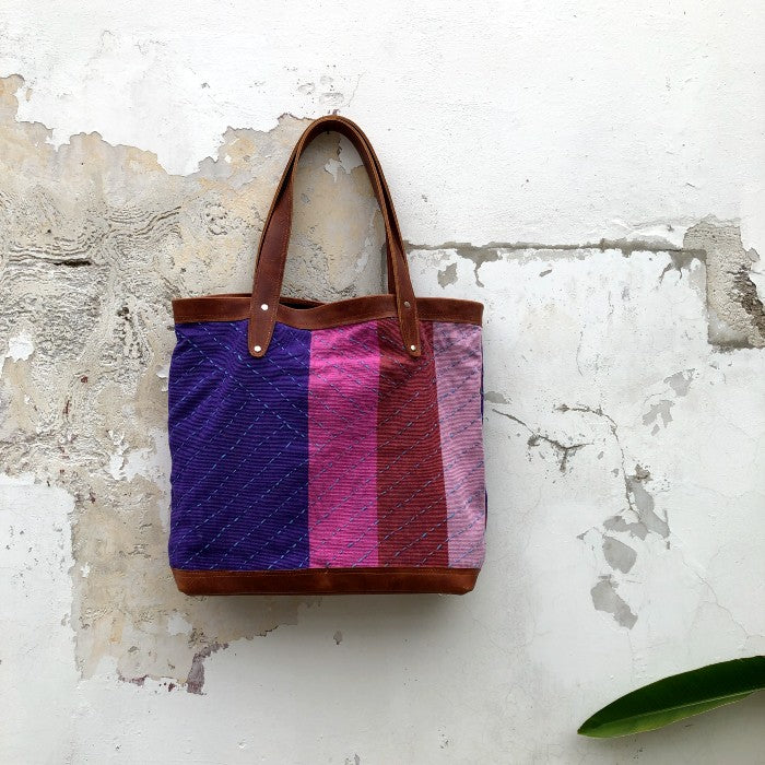 Wild Berry Oversized Tote 2