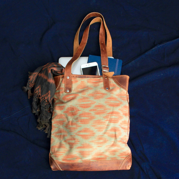 Macaw Tote