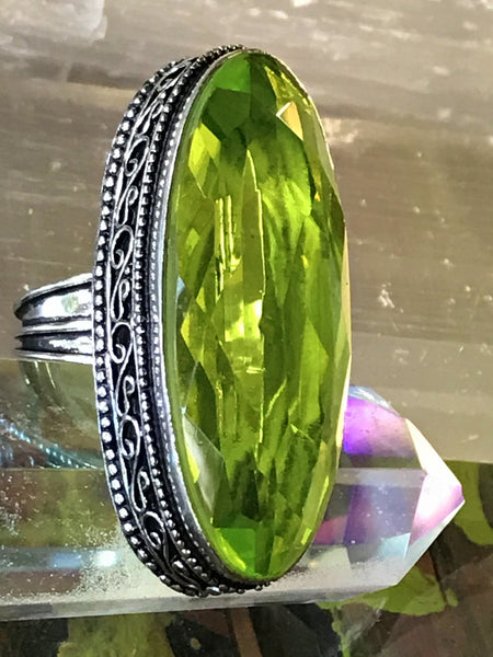 Peridot Natural Gemstone .925 Sterling Silver Ring (Size 7.75)