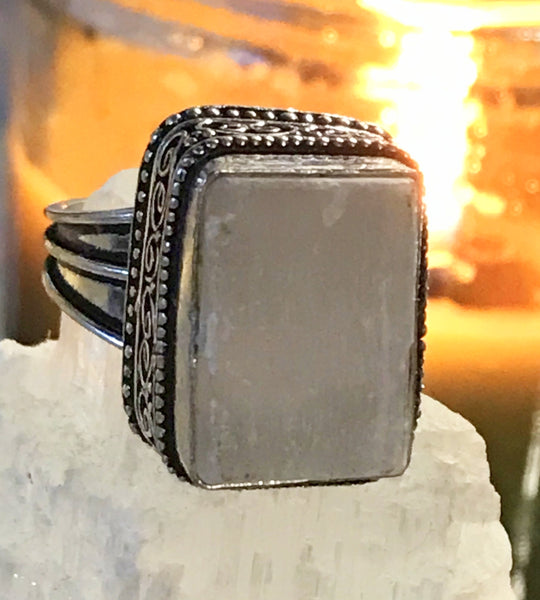 Selenite Natural Gemstone .925 Sterling Silver Ring (Size 8.75)