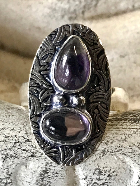 Amethyst Gemstone .925 Sterling Silver Ring (Size 6)
