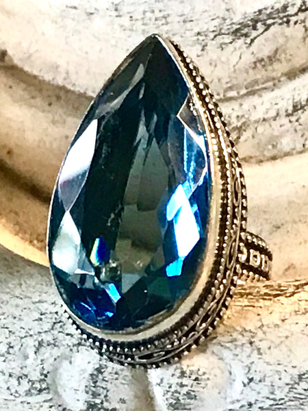 Topaz London Blue Faceted Gemstone .925 Sterling Silver Ring (Size: 9.5)