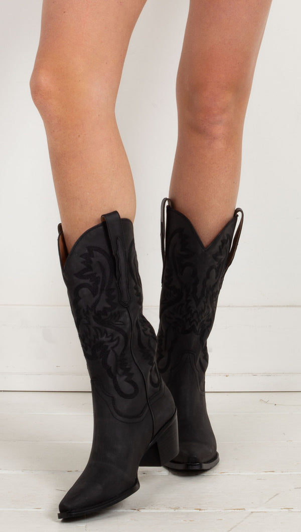mid high cowboy boots black