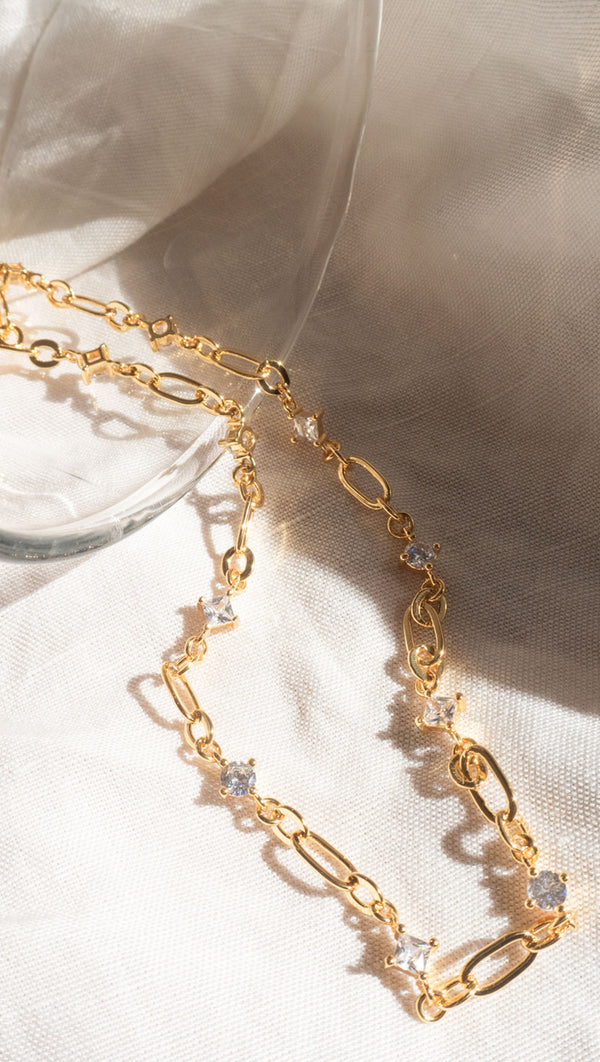 Dionne Link Necklace - Gold