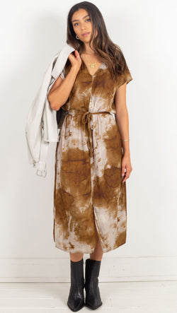 satin short sleeve dress with tie around the waist tie dye brown