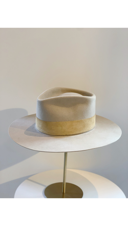 Beige/Tan Suede Band Hat