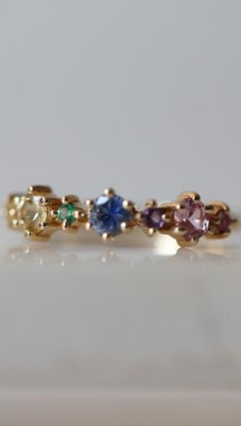 Gjenmi 14K Gold Band With Pastel Emeralds and Sapphires