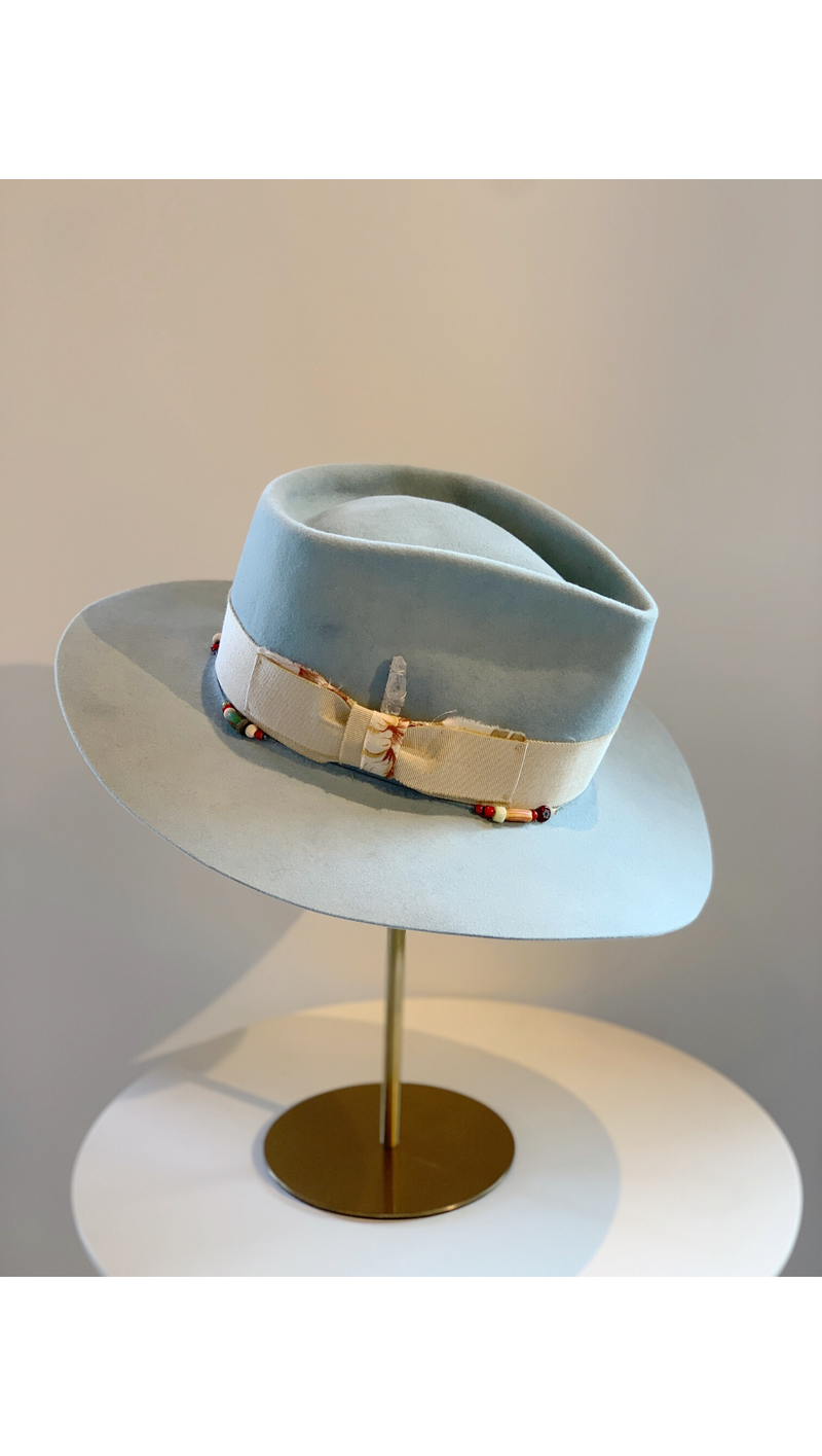 Light Blue/Ribbon Band + Crystal Hat