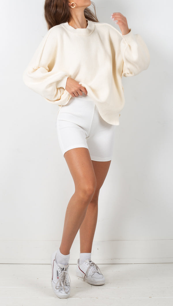 stpl knit biker shorts off white