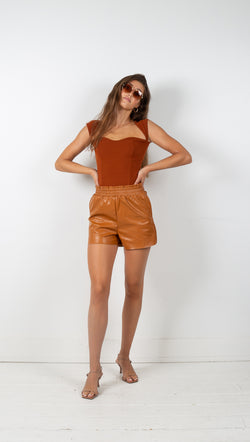 Vagabond Natalia Paperbag Vegan Leather Shorts Cognac