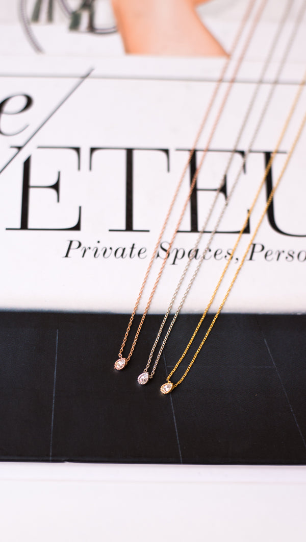 Mini Tear Drop Necklace - Gold