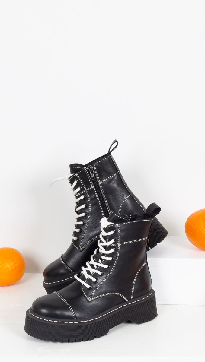 Numra Vaca Boot - Black
