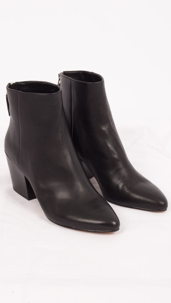 Dolce Vita Black Leather Boots