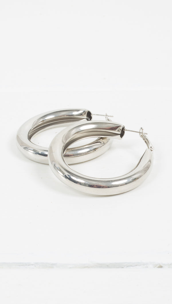 Etoile Brittany Chunky Silver Medium Sized Hoop Earrings
