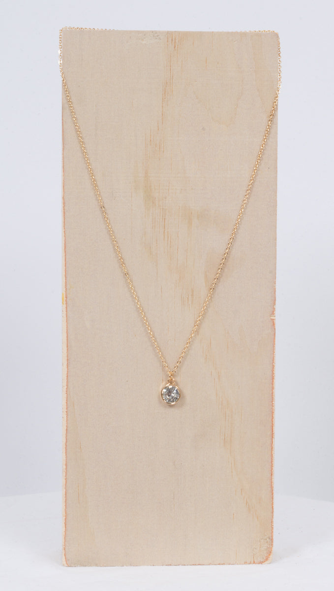Étoile Gold Necklace With Medium Sized Clear Stone