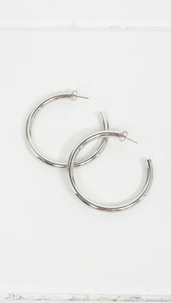 Etoile Lily Detached Silver Hoop Earrings