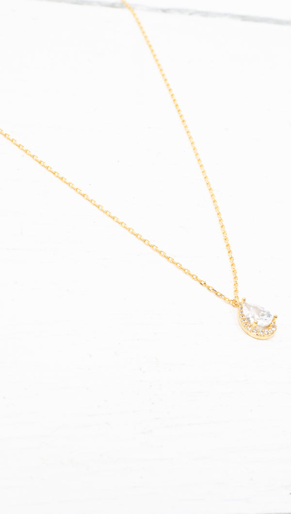 étoile Gold Teardrop With Halo Necklace