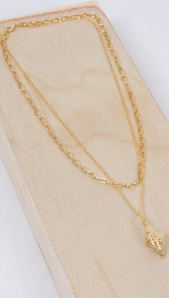 Seashell Charm Prelayered Necklace - Gold