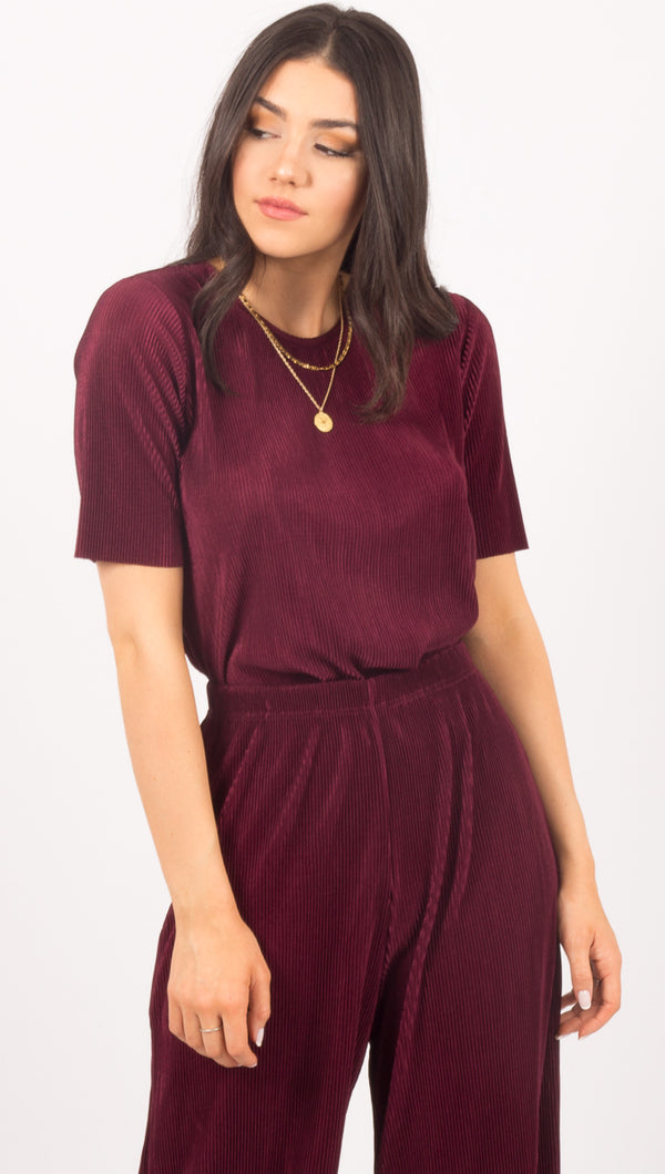 Relativity Top - Plum