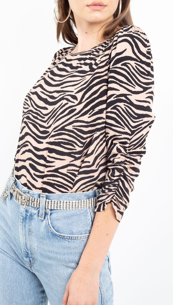 Flynn Skye pale pink/black tiger print blouse with quarter length sleeves