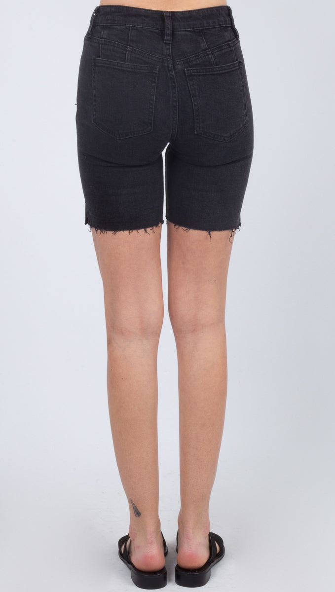 Avery Bermuda Short - Black Ash